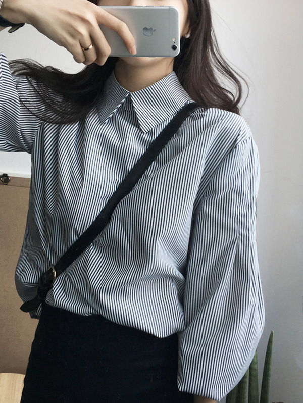 퍼프 카라 stripe blouse :)