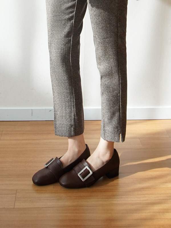 square Buckle loafer
